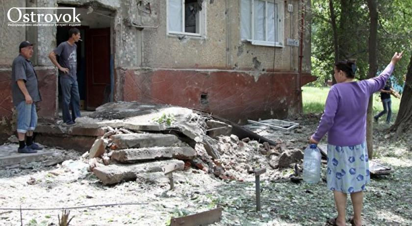 """""""Война без пиар-романтики"""". Появилось видео повреждений одного из многоэтажных жилых домов в Горловке"""