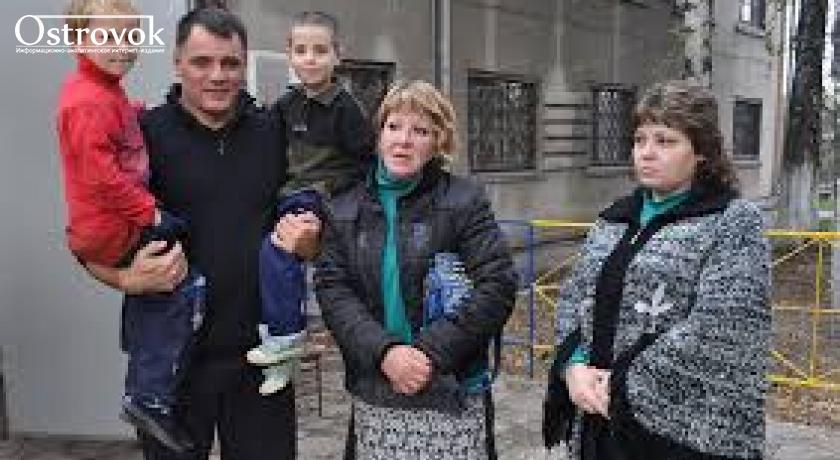"""Мариупольский пастор Геннадий Мохненко вступил в схватку с Черниговской полицией, обвинив ее в """"бандитизме""""и борьбе с реабилитационными центрами"""
