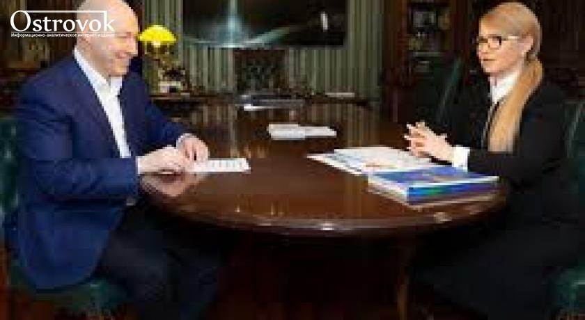 """Тимошенко в гостях у Гордона: """"Якщо б не такі журналісти як ви, людина із заліза, в Україні був би кінець демократії"""" (ВІДЕО)"""